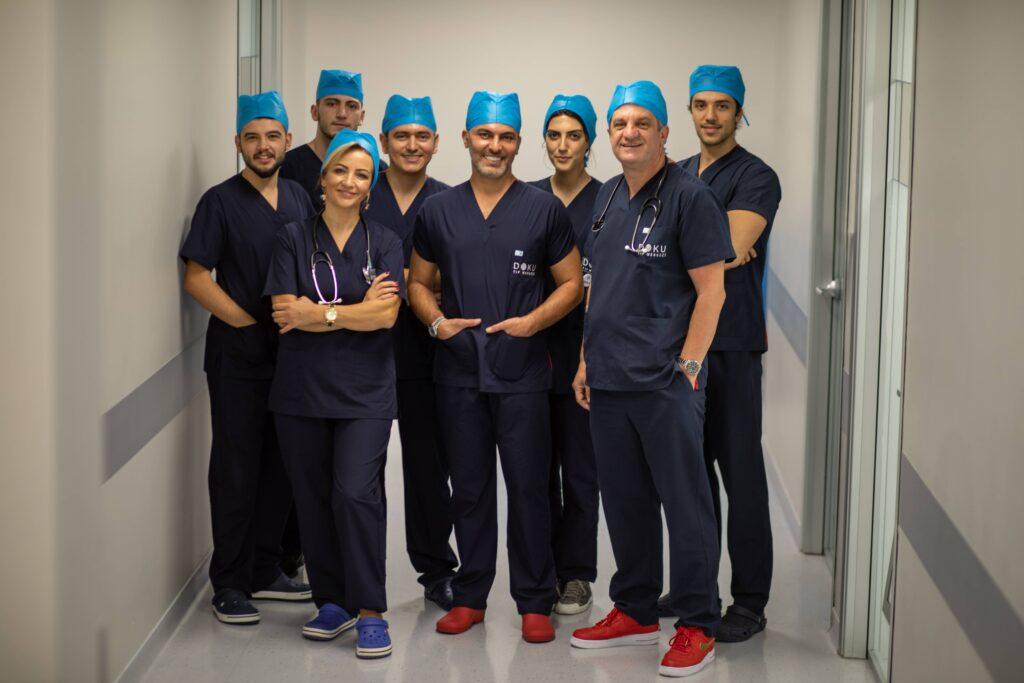 Jak-wybrać-klinikę-przeszczepu-włosów-w-Turcji?